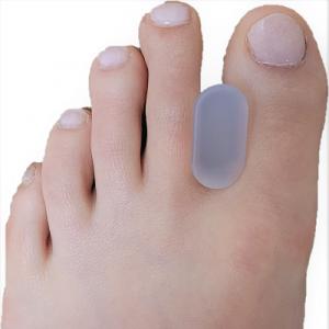 Silicone toe separator/spacer